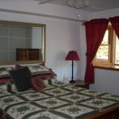 lg_cabin_bedroom_1
